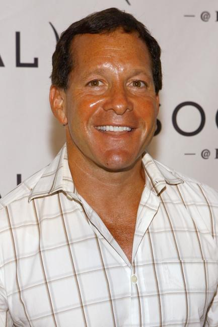 Steve Guttenberg at the Hampton Social at Ross to watch a concert by Billy Joel.
